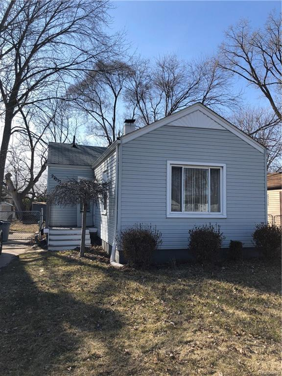 27033 Alger Boulevard, Madison Heights, MI 48071 (#218023133) :: RE/MAX Vision