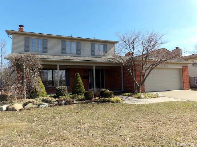 18453 Valleyview Street, Riverview, MI 48193 (MLS #218023727) :: The Toth Team