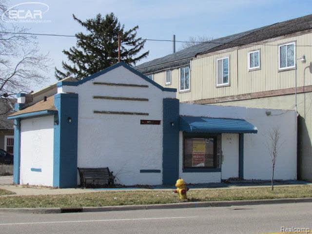 3318 S Saginaw, Flint, MI 48503 (#5002307437) :: Duneske Real Estate Advisors