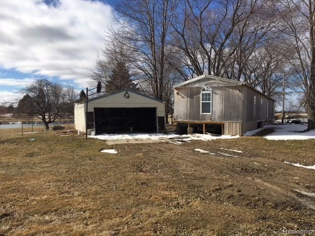 5040 Deckerville Road, Forester Twp, MI 48427 (MLS #218025284) :: The Toth Team