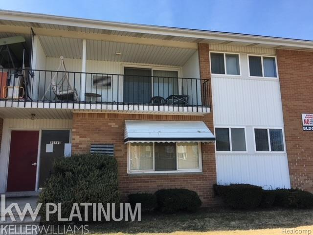 29249 Longview Avenue Unit 30/Buildin, Warren, MI 48093 (#58031343337) :: Keller Williams West Bloomfield