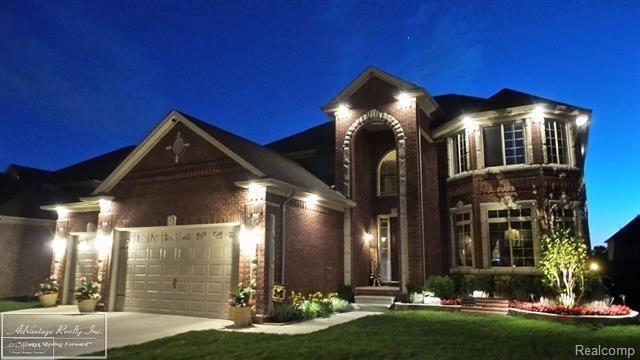 53266 Zachary Dr., Chesterfield Twp, MI 48047 (MLS #58031343426) :: The Toth Team