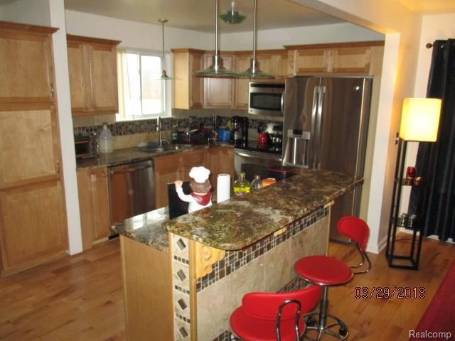13450 S Huron River Drive, Romulus, MI 48174 (#218025935) :: Duneske Real Estate Advisors