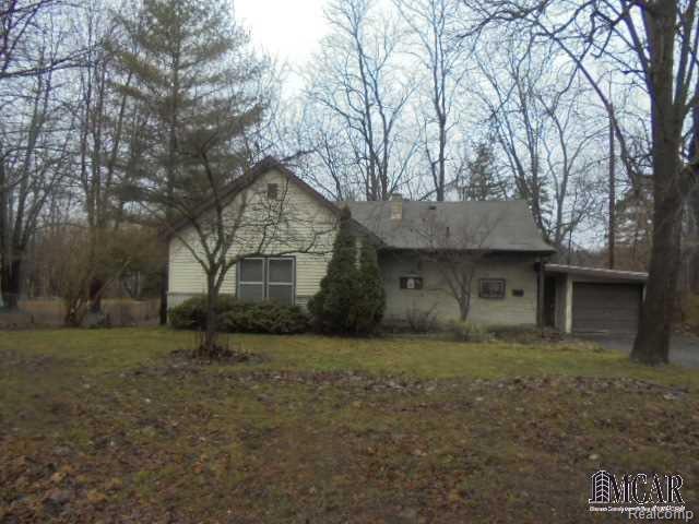 350 Crystal Spring Ave, Adrian, MI 49221 (#57003452006) :: Duneske Real Estate Advisors