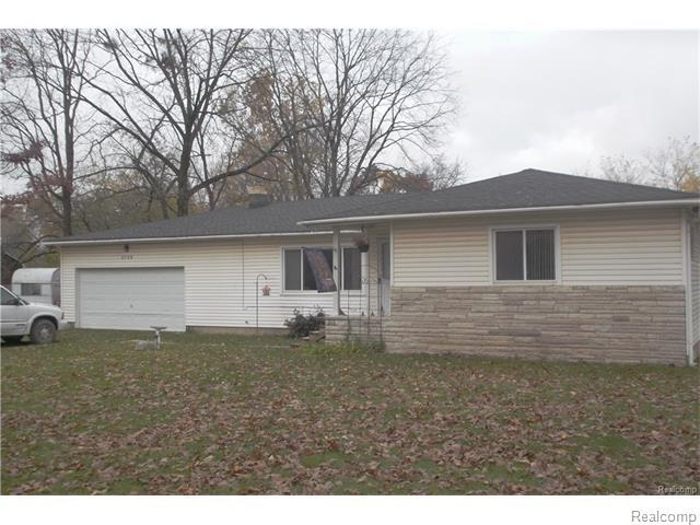 2759 Granger Road, Brandon Twp, MI 48462 (#218026813) :: Duneske Real Estate Advisors