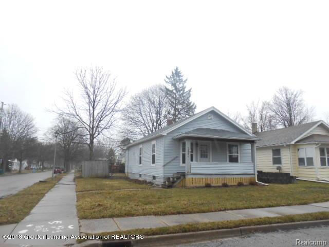 2401 Alpha Street, Lansing, MI 48910 (MLS #630000224726) :: The Toth Team