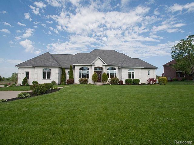 9256 Desert Trail Drive, York Twp, MI 48160 (#543255567) :: Duneske Real Estate Advisors