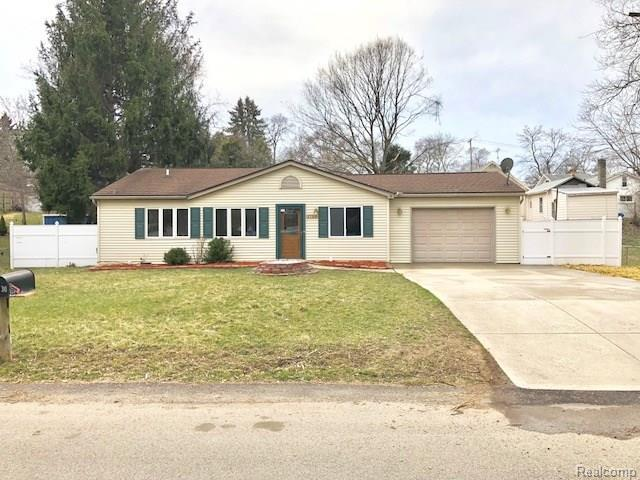 1730 Paramount Street, Novi, MI 48377 (MLS #218030985) :: The Toth Team