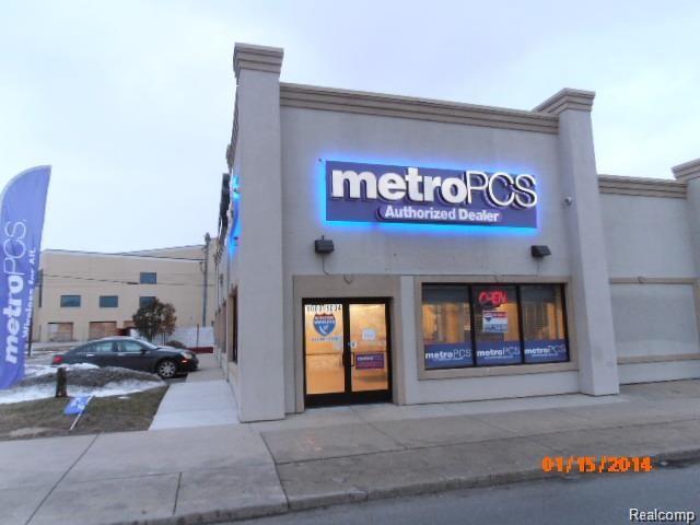 1000 W 7 MILE Road, Detroit, MI 48203 (MLS #218031026) :: The Toth Team
