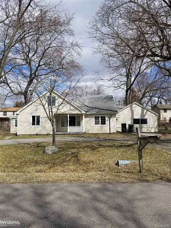 2923 Walsh, Rochester Hills, MI 48309 (#58031344759) :: Duneske Real Estate Advisors
