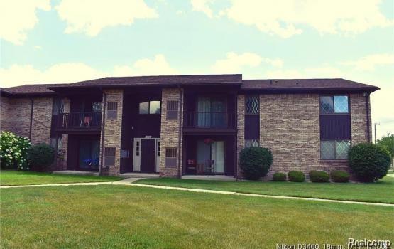 266 Thirteen Mile Road #31, Madison Heights, MI 48071 (#218032433) :: Duneske Real Estate Advisors