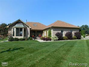 49937 Miller Court, Chesterfield Twp, MI 48047 (MLS #218033092) :: The Toth Team