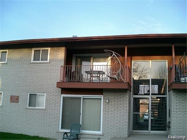 29180 Lund Avenue, Warren, MI 48093 (#218033309) :: Duneske Real Estate Advisors
