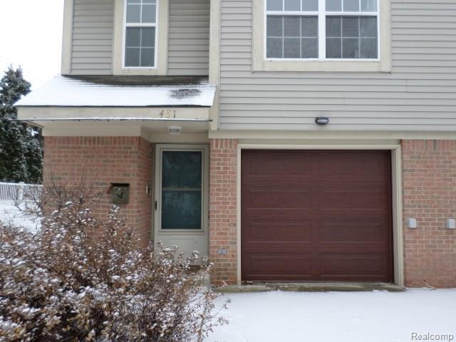 481 W Lincoln Avenue, Madison Heights, MI 48071 (#218034732) :: Duneske Real Estate Advisors