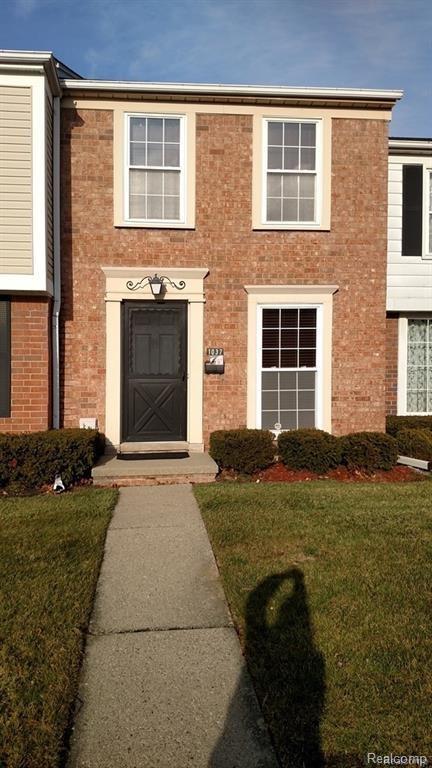 1037 Woodbridge Street, Saint Clair Shores, MI 48080 (#218035776) :: RE/MAX Classic