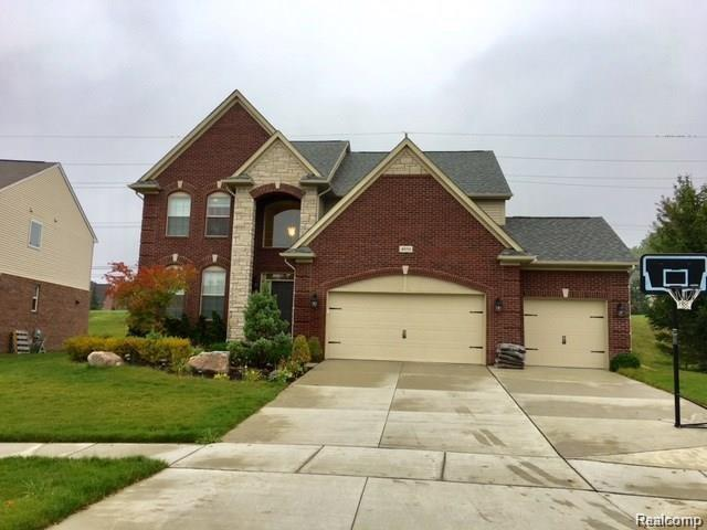 4958 Catalina Drive, Orion Twp, MI 48359 (MLS #218038970) :: The Toth Team