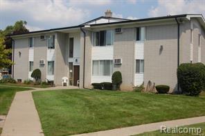 26740 Joy Road Unit 8, Redford Twp, MI 48239 (#218040013) :: Duneske Real Estate Advisors