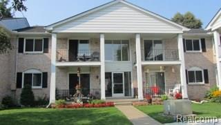 13920 Camelot Drive #4, Sterling Heights, MI 48312 (#218041056) :: Duneske Real Estate Advisors