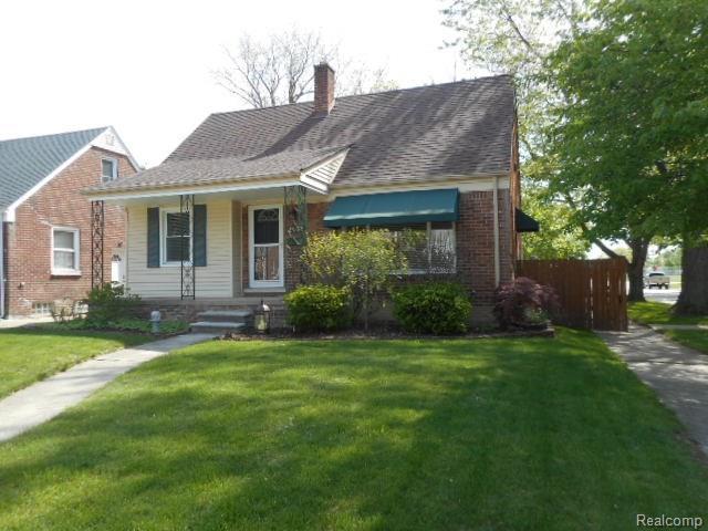 2902 N Wilson, Royal Oak, MI 48073 (#218042463) :: Duneske Real Estate Advisors
