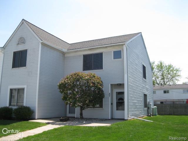 57 Rosebud Ln, Mount Clemens, MI 48043 (#58031347784) :: Duneske Real Estate Advisors