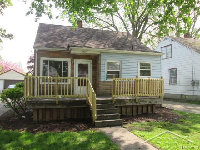 2727 Witters, Saginaw, MI 48602 (#61031348017) :: Duneske Real Estate Advisors