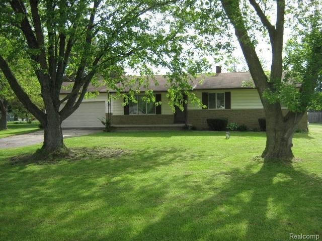 5145 Glen Cove, Grand Blanc Twp, MI 48507 (#50100002202) :: Duneske Real Estate Advisors