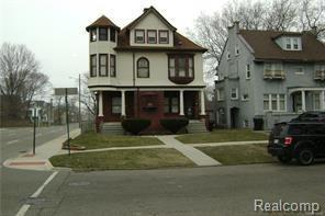 2405 Field Street, Detroit, MI 48214 (#218045083) :: RE/MAX Classic