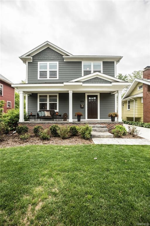 606 E Farnum Avenue, Royal Oak, MI 48067 (#218046521) :: RE/MAX Classic