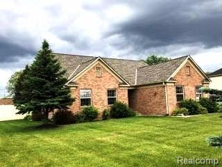 121 Aberdeen Lane, Raisinville Twp, MI 48161 (#543257549) :: RE/MAX Vision