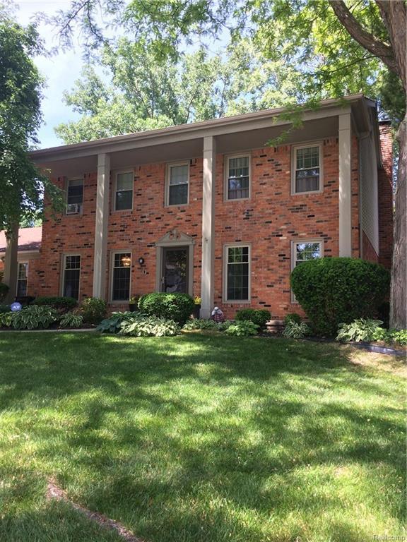 35454 Old Homestead Drive, Farmington Hills, MI 48335 (#218054143) :: RE/MAX Classic