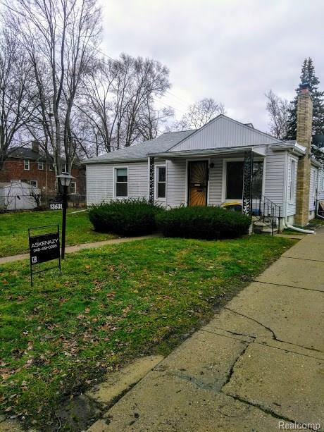 13631 Winchester Street S, Oak Park, MI 48237 (MLS #218055297) :: The Toth Team