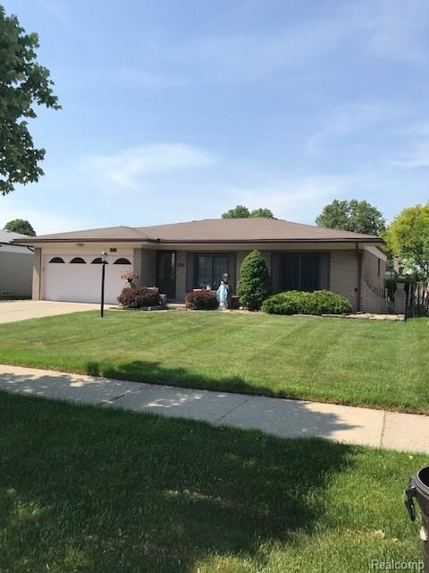 13573` Kingsville Drive N, Sterling Heights, MI 48312 (#218056417) :: RE/MAX Classic