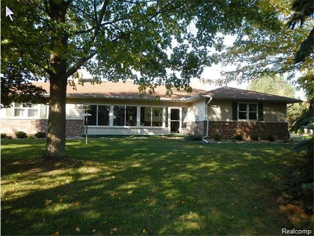 14880 Pine Knoll Lane, Mussey Twp, MI 48014 (#218058345) :: Duneske Real Estate Advisors