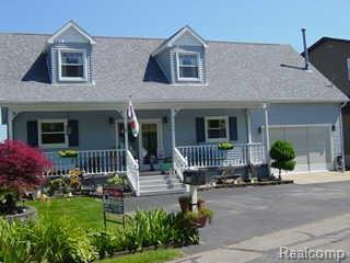 7146 Lakeshore Drive, Estral Beach Vlg, MI 48166 (#218060114) :: Duneske Real Estate Advisors