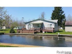 13404 W Shore Drive, Lake Twp, MI 48629 (#218060449) :: Duneske Real Estate Advisors
