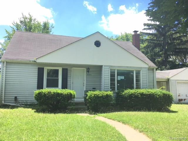 2401 Raskob Street, Flint, MI 48504 (#218060706) :: Duneske Real Estate Advisors