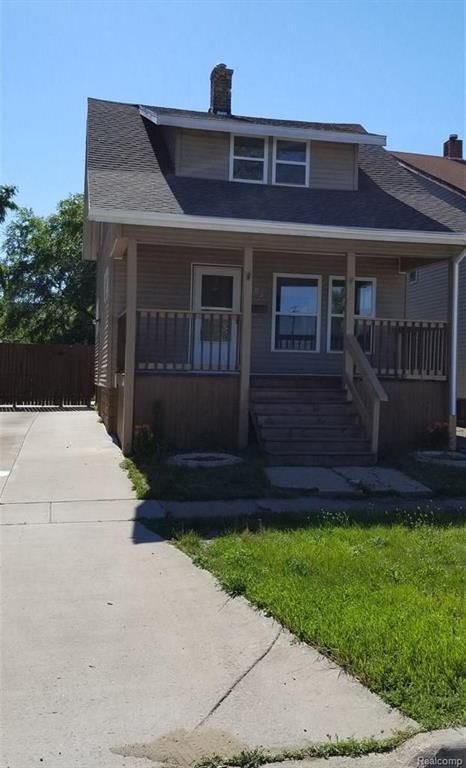 1103 10TH AVE, Port Huron, MI 48060 (#58031352662) :: Duneske Real Estate Advisors