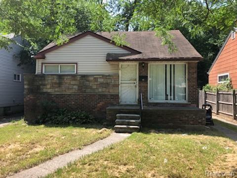 19477 Burgess, Detroit, MI 48219 (#218063711) :: The Buckley Jolley Real Estate Team