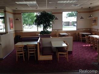 2630 Oakwood Boulevard, Melvindale, MI 48122 (#218064917) :: RE/MAX Classic