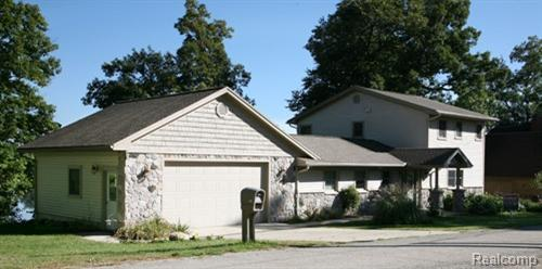596 Island Heights Drive, Grass Lake Twp, MI 49240 (#543258607) :: The Buckley Jolley Real Estate Team