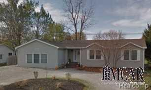4625 Bluebush, Monroe, MI 48162 (#57003452898) :: The Mulvihill Group