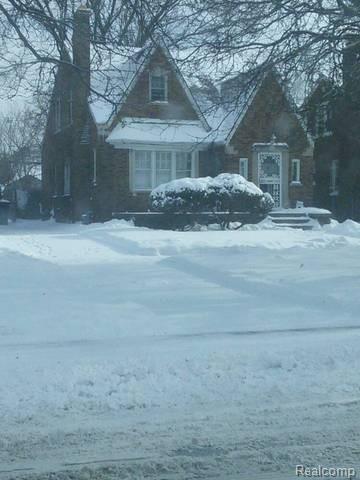 16850 Whitcomb, Detroit, MI 48235 (#218065846) :: RE/MAX Classic