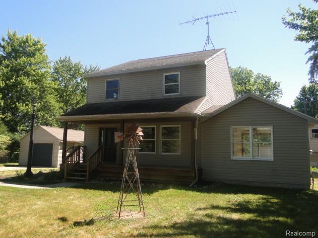 12347 Linden, Fenton Twp, MI 48451 (#50100003117) :: The Buckley Jolley Real Estate Team