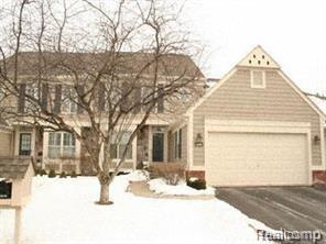 2523 Essex Lane, Bloomfield Twp, MI 48304 (#218067973) :: Duneske Real Estate Advisors