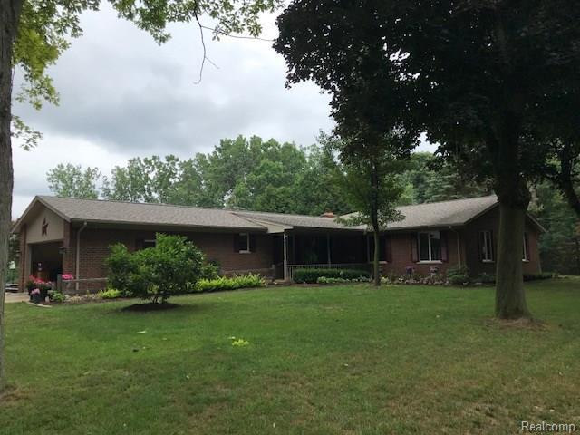 3923 Hollow Corners Road, Dryden Twp, MI 48428 (#218068469) :: RE/MAX Nexus