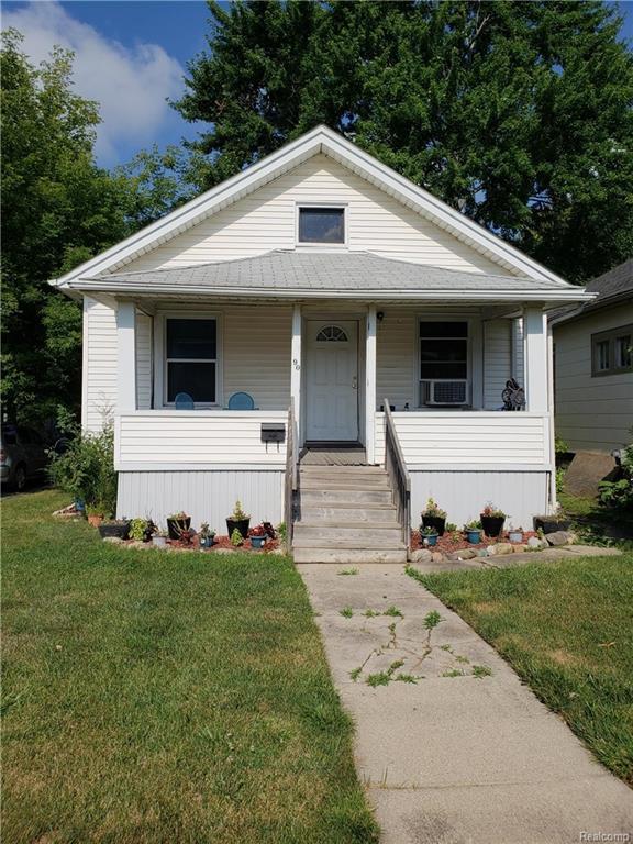 90 S Rose Street, Mount Clemens, MI 48034 (#218071028) :: RE/MAX Classic