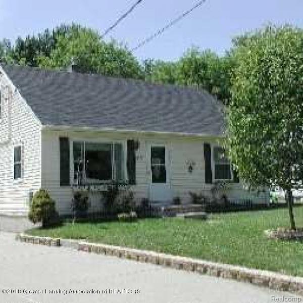 6026 Hughes Road, Lansing, MI 48911 (#630000228872) :: Duneske Real Estate Advisors