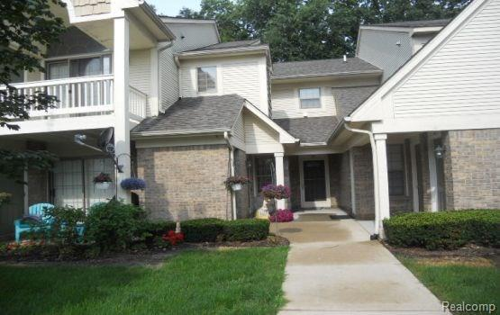 205 Maplewood Court #3, South Lyon, MI 48178 (#218072348) :: RE/MAX Classic