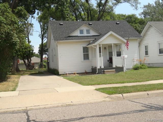 25826 Lawn Street, Roseville, MI 48066 (#218073826) :: RE/MAX Classic