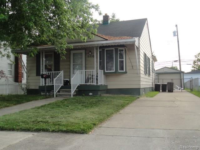 866 Cora Street, Wyandotte, MI 48192 (#218075269) :: RE/MAX Classic